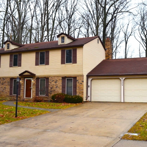 Well maintained 4 bedroom home in Lofton Woods