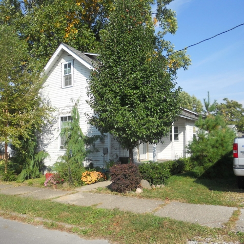 3 bedroom home walking distance to downtown Frankfort, Indiana.