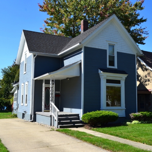 2 story victorian home on basement minutes from downtown Kendallville, Indiana.