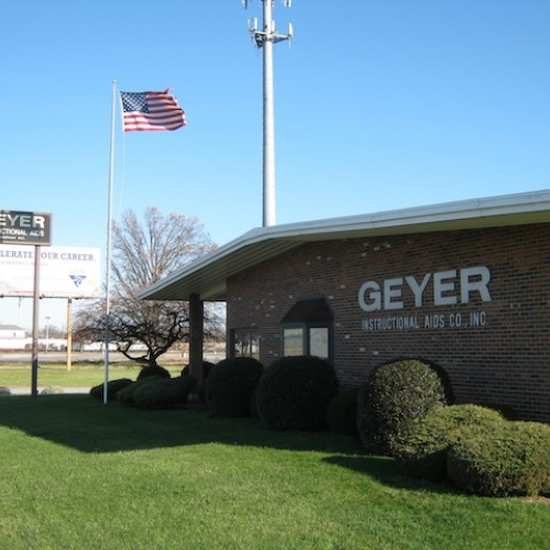 15,000 +/- SF office, warehouse & production building