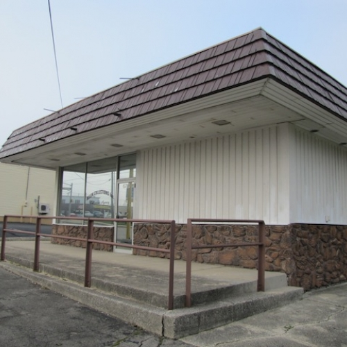 1,476 sf Commercial Building