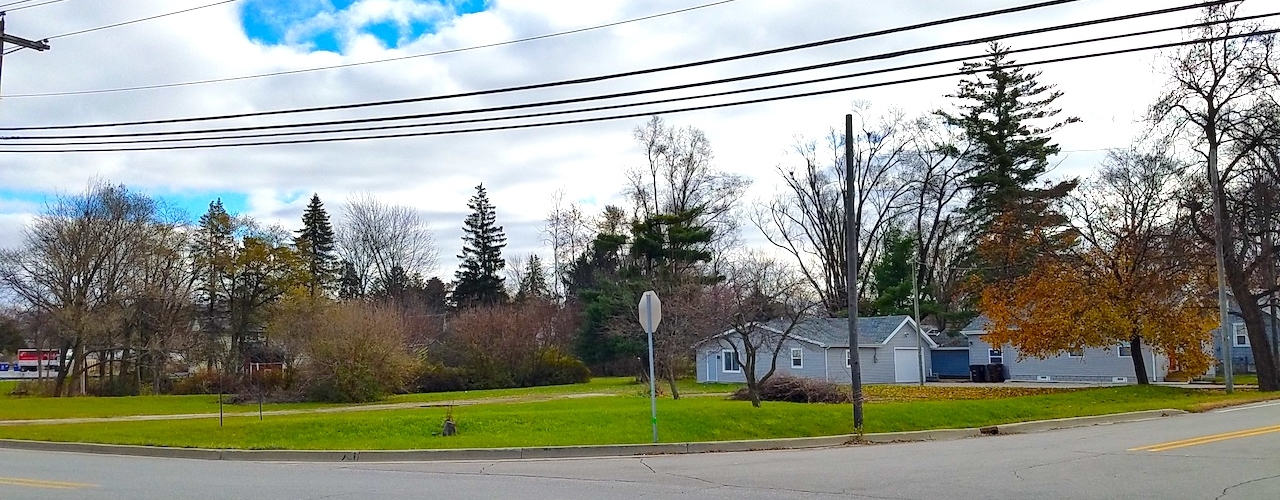 Land with Commercial Potential on Lower Huntington Road